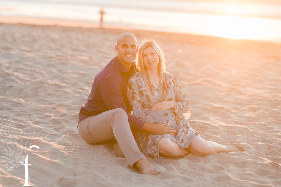 Torrance Beach Maternity Portraits | Alex & Gio