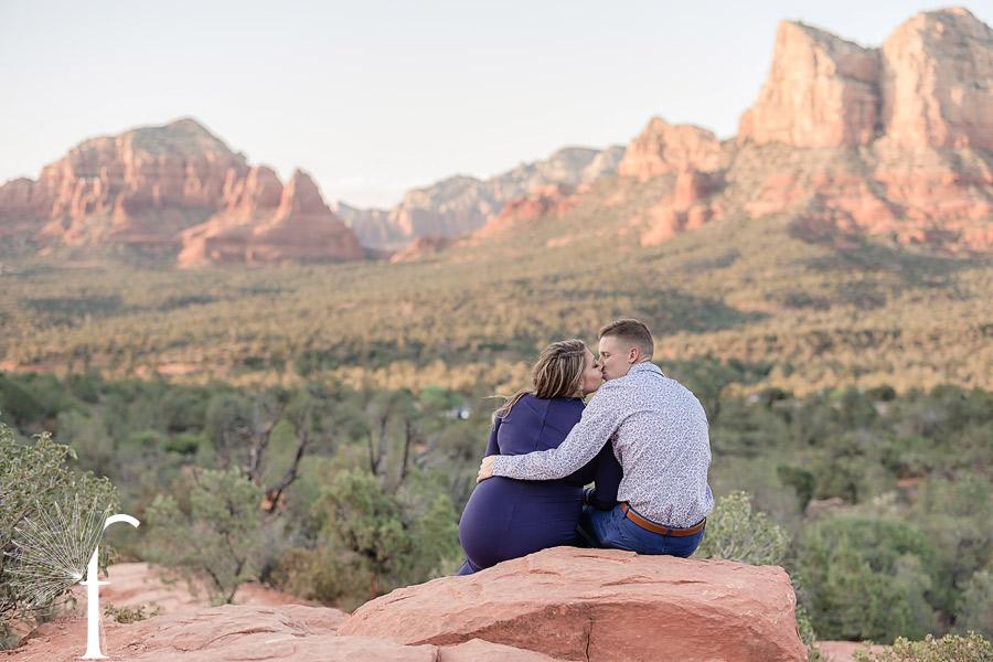 Sedona Arizona Maternity Portraits | Abby & AJ