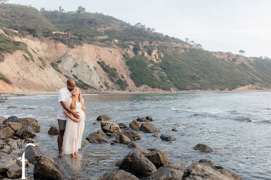 Palos Verdes Bluff Cove Maternity Portraits   Kelly & Hector